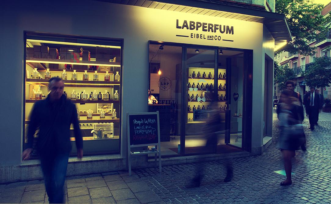 Nueva apertura de la franquicia de perfumería de Labperfum